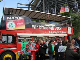 W-com organisiert die Fan Club-Aktivitäten zum Länderspiel GER – POL