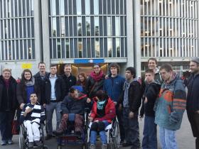 Charity: Lebenshilfe Wetterau und W-com besuchen Bundesligaspiel