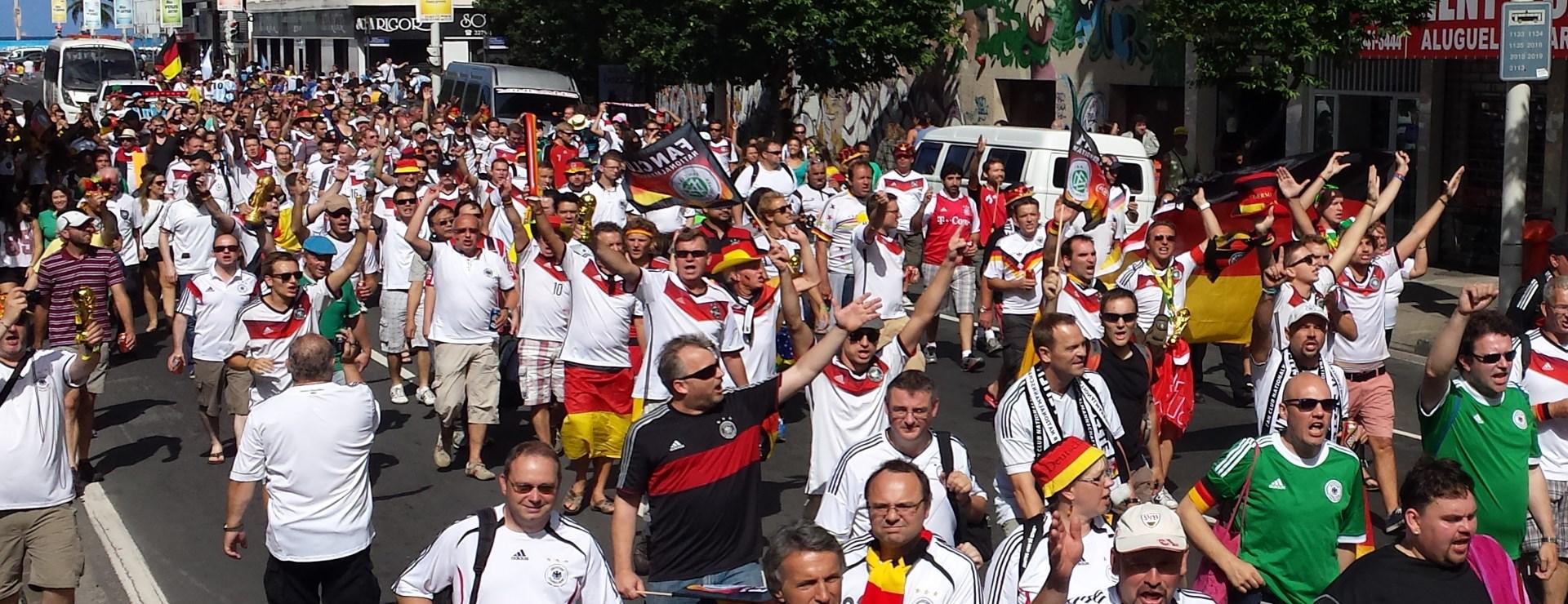 Agentur W-com rockt die WM: der Fan Club Nationalmannschaft in Brasilien