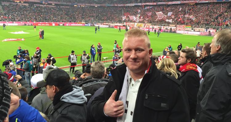 """""""Money can't buy""""-Aktivierungen beim VfB Stuttgart und dem FC Bayern München für den Kunden Coca-Cola Erfrischungsgetränke AG."""
