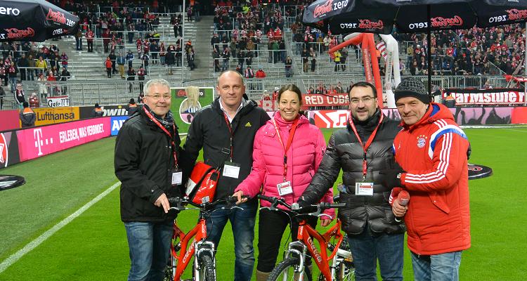 W-com organisiert Sponsor of the Day von Coca-Cola Zero beim FC Bayern München